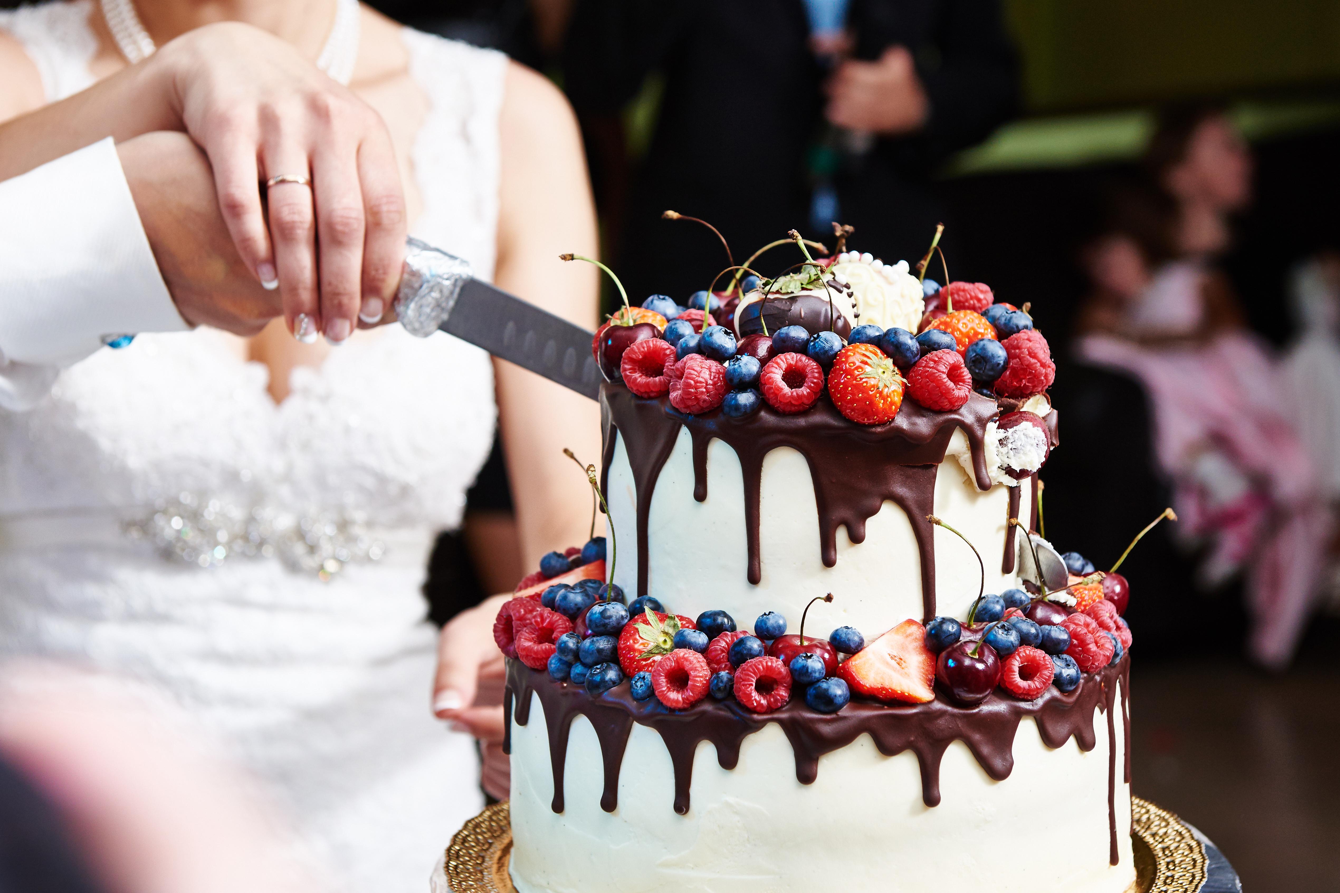 Jakie noże wybrać do tortu?